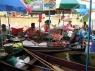 drijvende markt in amphawa op vrijdag (in het weekend is dit veeeeeeeel groter)