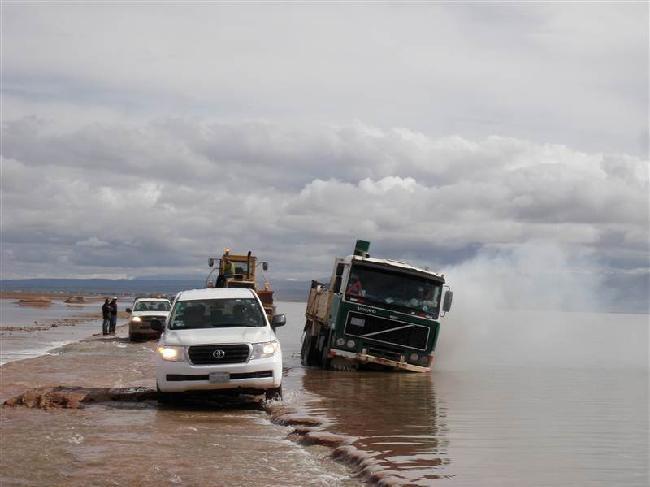 hele weg onder water