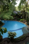 Ons zwembad bij het hotel