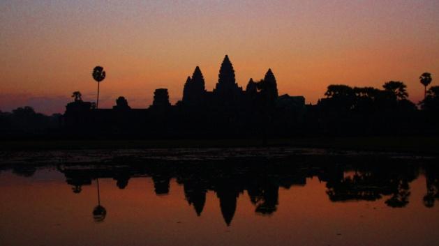 Ankor Wat met zonsopkomst