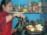 Een klein uurtje na de lunch begonnen de dames met het voorbereiden van het avondeten